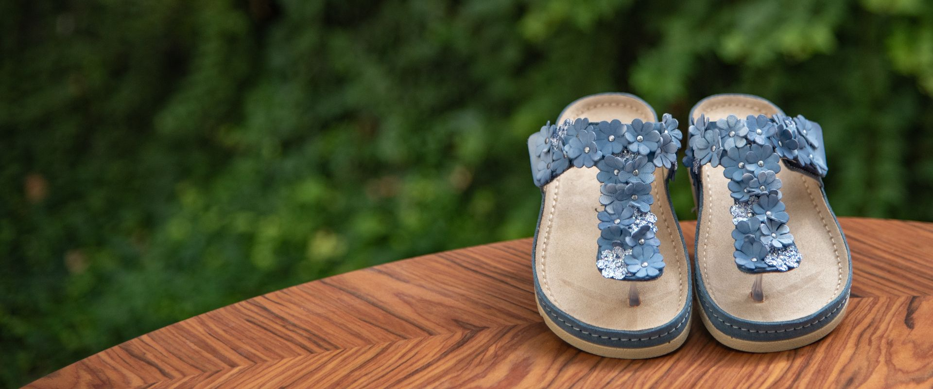 Schuhe von MUBB